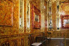 Amber Room at Catherine Palace in Tsarskoye Selo (Pushkin), south of St Petersburg, Russia