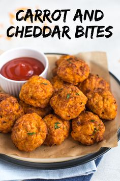 These cheesy little carrot and cheddar bites are the perfect finger food for a vegetarian party buffet - or just a mid-afternoon snack! Appetizer Dishes, Easy Appetizer Recipes, Appetizers For Party, Veggie Recipes, Meatless Recipes, Veggie Meals, Veggie Food, Cheese Recipes, Dinner Recipes