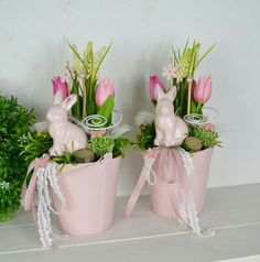 Deko Ostern - Poremba - - Deko Ostern - Poremba You are in the right place about Easte Easter Table Decorations, Decoration Table, Spring Decorations, Spring Crafts, Holiday Crafts, Diy Y Manualidades, Diy Ostern, Easter Parade, Hoppy Easter