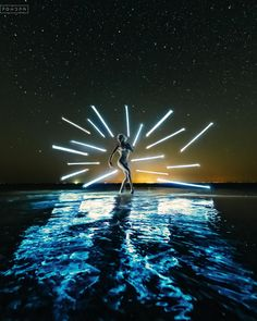 Ещё одна пушка того вечера. Оч крутой кадр!  ________________________________________________ #FONDph #SonyAlpha #tubestories #lightpainting #mesitershots #way2will #artrovisuals #longexposure #moodygrams #createcommune #createexplore #фотосессияРостов #фотографРостовНаДону #фотограф #фотографРостов #фотосессия #gramslayers #Photostorn #nightimages #night #artistfound #milliondollarvisuals #master_gallery #ночь #звёзды @bestvscorussia @pixel_of_life #vscorussia #thecreativeshots…