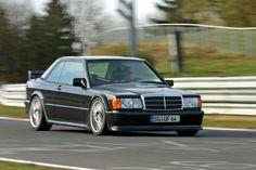 Mercedes-Benz W201_190E Mercedes Benz 190e, Mercedes 190 Evo, Mercedes 300e, Classic Mercedes, Merc Benz, Old School Cars, Benz Car, Top Cars, Sport Cars