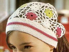 Bandana con flores tejida a crochet Juvenil y actual OjoconelArte.cl |