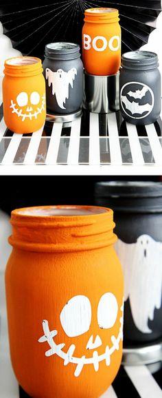 que faire avec des pots en verre, peintures de Halloween, bocaux en orange et noir