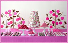 Kate Landers interview with Amy Atlas + Giveaway for Amy's new book: Sweet Designs: Bake it, Craft it, Style it.