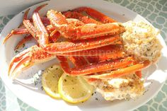 Baked Crab Legs Recipe Easy Crab Legs Recipe, Crab Leg Recipes Boiled, Seafood Recipes, Cooking Recipes, Seafood Dishes, Drink Recipes, Yummy Recipes, Dinner Recipes, Yummy Food