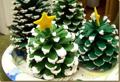 pine cone Christmas trees. would make cute ornaments.