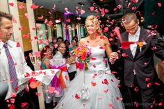 Szablya Ákos Ceremóniamester | Ceremóniamester kedvenc esküvői pillanatok Victorian, Weddings, Dresses, Fashion, Vestidos, Moda, Fashion Styles, Wedding, Dress