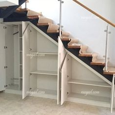 Awesome Cool Ideas To Make Storage Under Stairs 1 Basement Stairs Awesome basementremodel cool ideas Stairs storage Basement Makeover, Basement Renovations, Home Remodeling, Remodeling Companies, Staircase Makeover, Basement Designs, Staircase Storage, Basement Storage, Closet Storage