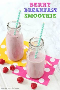 A delicious dairy free smoothie, packed with berries, oats and flaxseed and perfect for a quick and easy breakfast!