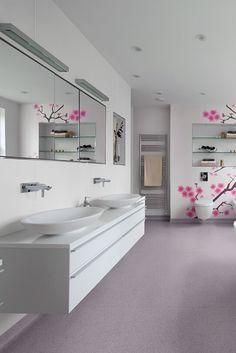 Leading bathroom flooring ideas for your home Simply Bathrooms, Better Bathrooms, Luxury Master Bathrooms, Ideal Bathrooms, Modern Master Bathroom, Minimalist Bathroom, Luxury Bath, Cozy Bathroom, New Bathroom Ideas