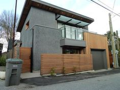 Lanefab Design/Build recently completed this laneway house in the backyard of their clients' existing house in Vancouver, Canada. The owners are renting the laneway house out for now but plan…