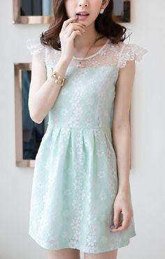 O-neck Sleeveless Embroidered Flowers Lace splicing Chiffon Dress