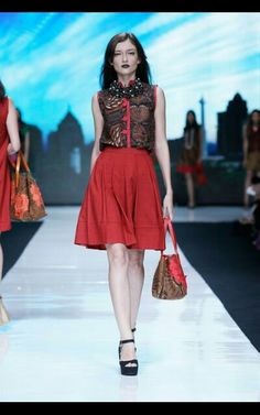 Batik Chic at Jakarta Fashion Week 2014