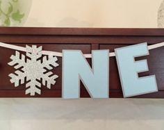 Winter Wonderland One High Chair Banner - Winter Onederland - I am One Banner - Snowflake Theme - Winter Party - Birthday Decoration