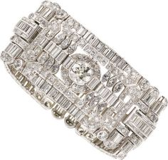 """Note: """"5"""" means 5 million. Image detail for -Diamond Ring Brings $358,500 as Top Lot in $5+ Million Fine Jewelry ..."""