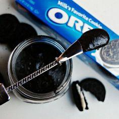 Oreo spread: a classic American take on European cookie spreads. Thanks Joana!