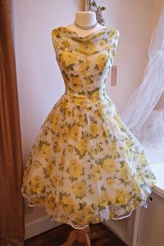 Xtabay Vintage Clothing Boutique - Portland, Oregon: Xtabay Prom Dresses Come To LIfe