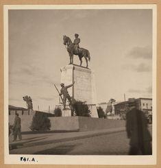 1935 / Ulus Meydanı-ndaki Zafer Anıtı