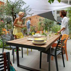 Salon de jardin en teck Adonia chez Castorama - de 150 à 570 € pièce ...
