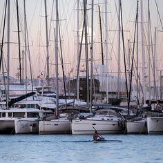 Mondaufgang #palma #mallorca #mittelmeer #urban #sailing #segeln #mediterranean #instagood #feelgoodphoto #streetphotography #mediterraneo #life#sunset #cathedrale #port #porto #ig_today #ig_europe #ig_worldclub #best_streetview www.porip.de