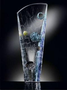 Artistic Photography, Jouer, Photo Studio, Glass Art, Photos, Objects, Bouquet, Contemporary Art, Drinkware