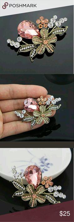 Vintage Pink Glass Rhinestone Flower Brooch Gorgeous Vintage Pink Glass Rhinestone Flower Brooch. Offers Welcome! Vintage Jewelry