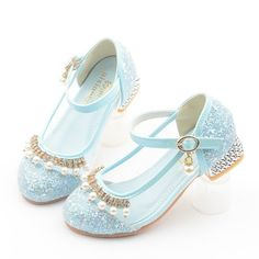Girls Shining Rhinestone Pearls Princess Elegant Kitten Heel Crystal Shoes is cheap, come to NewChic and buy the best kids shoes now! Girls Glitter Shoes, Girls Shoes, Kid Shoes, Fashion Shoes, Kids Fashion, Kawaii Shoes, Baby Doll Accessories, Crystal Shoes, Aesthetic Shoes