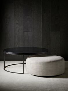 Coffee Table Pouffe, Coffee Table To Dining Table, Coffee Table Design, Center Table Living Room, Home Living Room, Living Room Designs, Living Room Decor, Table Furniture, Furniture Design