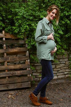 LOVEMEBRIGHT: 25 week bump, in maternity jeans.