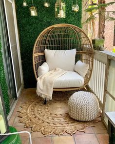 cool Trendy Winter Balcony Decor Ideas That Will Bring Warmth Patio Decor, Room Decor, Decor, Bedroom Decor, Apartment Decor, Small Balcony Decor, Winter Balcony, Apartment Garden, Home Decor