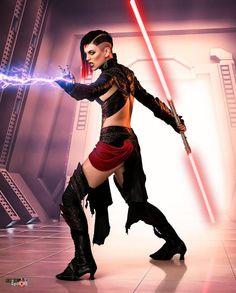 Miss Sinister as Sith from Star Wars Star Wars Mädchen, Star Wars Girls, Luke Skywalker, Reina Amidala, Disfraz Star Wars, Female Sith, Armadura Cosplay, War Novels, Darth Vader