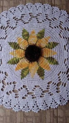 Crochet sunflower doily / Lace / Yellow with black or brown / Crochet Flower Patterns, Crochet Mandala, Crochet Motif, Crochet Designs, Crochet Doilies, Crochet Flowers, Crochet Chart, Thread Crochet, Filet Crochet