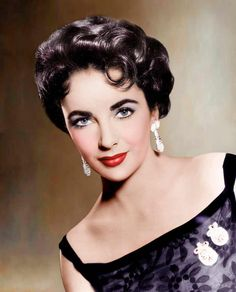 Elizabeth Taylor vintage Hollywood photo