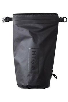 The 10 Liter Faraday Dry bag is a roll down, waterproof bag, waterproof travel bag, and Faraday cage bag that blocks ALL signals to and from your wireless device(s). It renders you completely off the grid.  Made of 210D Nylon TPU with high frequency welded seams, it's the most advanced waterproof, Faraday cage bag on the market today!