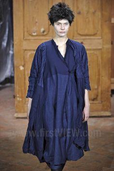 Daniela Gregis - Ready-to-Wear - Runway Collection - Women  Fall / Winter 2011