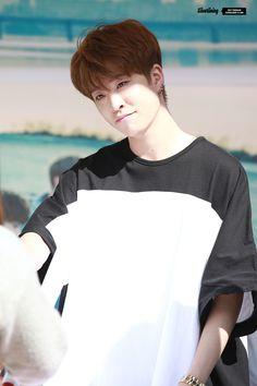 GOT7 Youngjae missing him..hope he get well soon