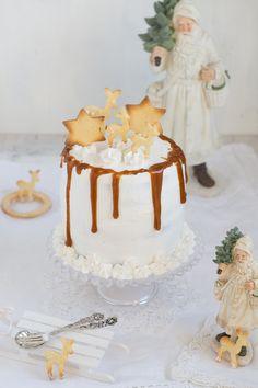 Backe, backe Kuchen, der Bäcker hat gerufen.Wer will guten Kuchen backen,der muss haben sieben Sachen,Eier und Schmalz,Zucker und Salz,Milch und Mehl,Safran macht den Kuchen gehl! Und genauso…