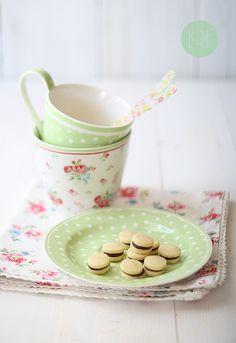 Chocolate filled mini cookies