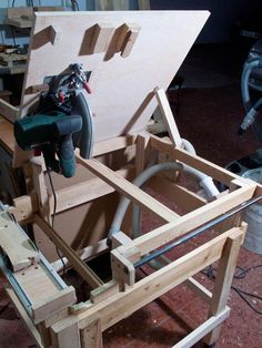 Lucas Contreras's Homemade table saw
