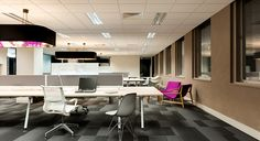 Benching areas for visitors, contractors, consultants or other short term workspace.