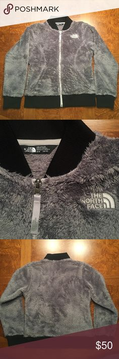 The North Face fleece jacket NWOT The North Face fleece jacket NWOT.  Girls size M (10-12).  Never worn.  Excellent condition.  Pet and smoke free home. North Face Jackets & Coats