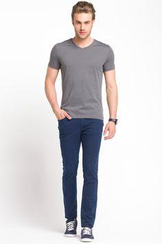 V Yaka Basic T-shirt Geliyorum Bodrum :)