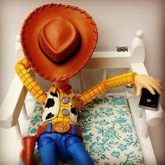 """Action figures brincam com iPhone e iPad no Instagram « """"N"""" de Nerd"""