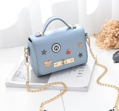 Cheap female bag, Buy Quality small messenger bag directly from China fashion shoulder bags Suppliers: Female bag 2017 new fashion shoulder bag girl sweet ladies chain small Messenger bag student mini Day cluthes bag Cute Mini Backpacks, Stylish Backpacks, Luxury Purses, Luxury Bags, Kawaii Bags, Trendy Purses, Accesorios Casual, Girls Bags, Casual Bags