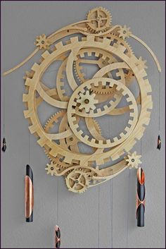 Free Woodworking Plans Wooden Gear Clock Plans from Hawaii by Clayton Boyer