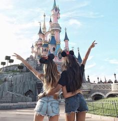 Disneyland Photos 2019 - Visit disneyland with your bff. Share with your friends. Visit disneyland with your bff. Share with your friends. Visit disneyland with your bff. Share with your friends.