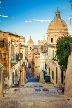 Noto, the most visionary of the area's resurgent Baroque burgs