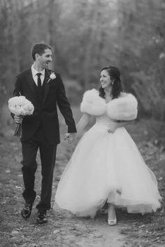 Winter Wedding Fur, Winter Wedding Bridesmaids, Winter Bride, Winter Wonderland Wedding, Vintage Fur, Vintage Bridal, Vintage Weddings, Vintage Glamour, Lace Weddings