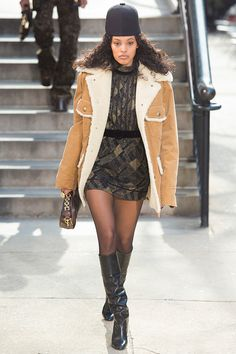 Desfile Marc Jacobs F/W 2017-2018   http://stylelovely.com/galeria/marc-jacobs-fw-2017-2018/