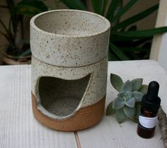 aromatherapy oil burner handmade ceramic by earthformsbymarie ©earthforms by Marie Wingate